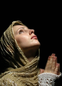 Woman-Praying
